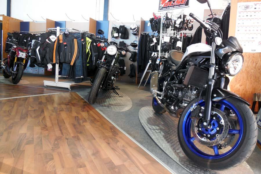 Motorradbekleidung und Zubehör bei Motorrad Ressler in Memmingerberg