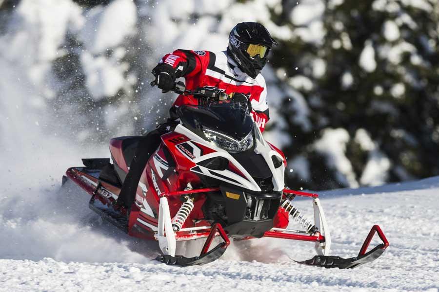 Schneemobile/ Motorschlitten von Yamaha - Sidewinder X-TX LE 137